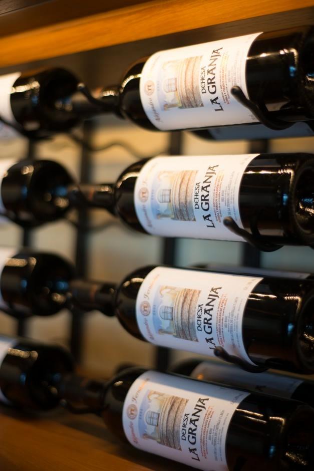 Las vegas Commercial Wine Cellar Designs
